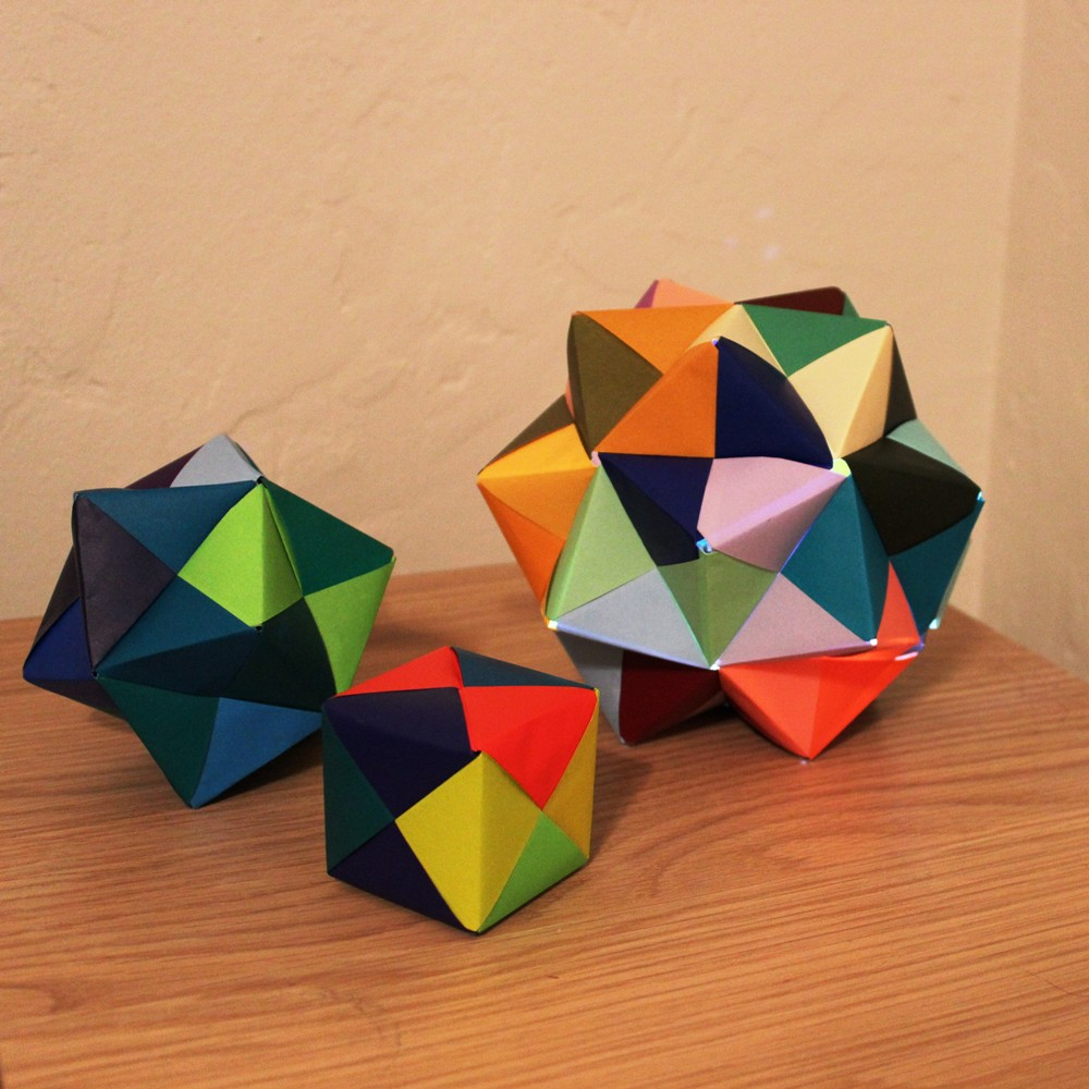 sonobe-icosahedron-origami-1