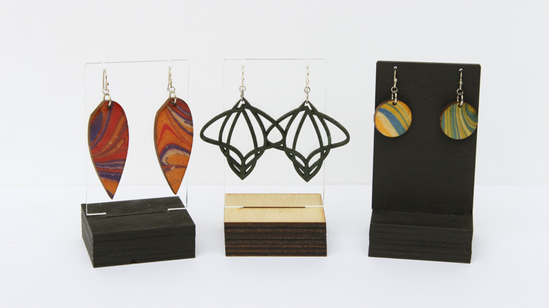 single earring rack 2
